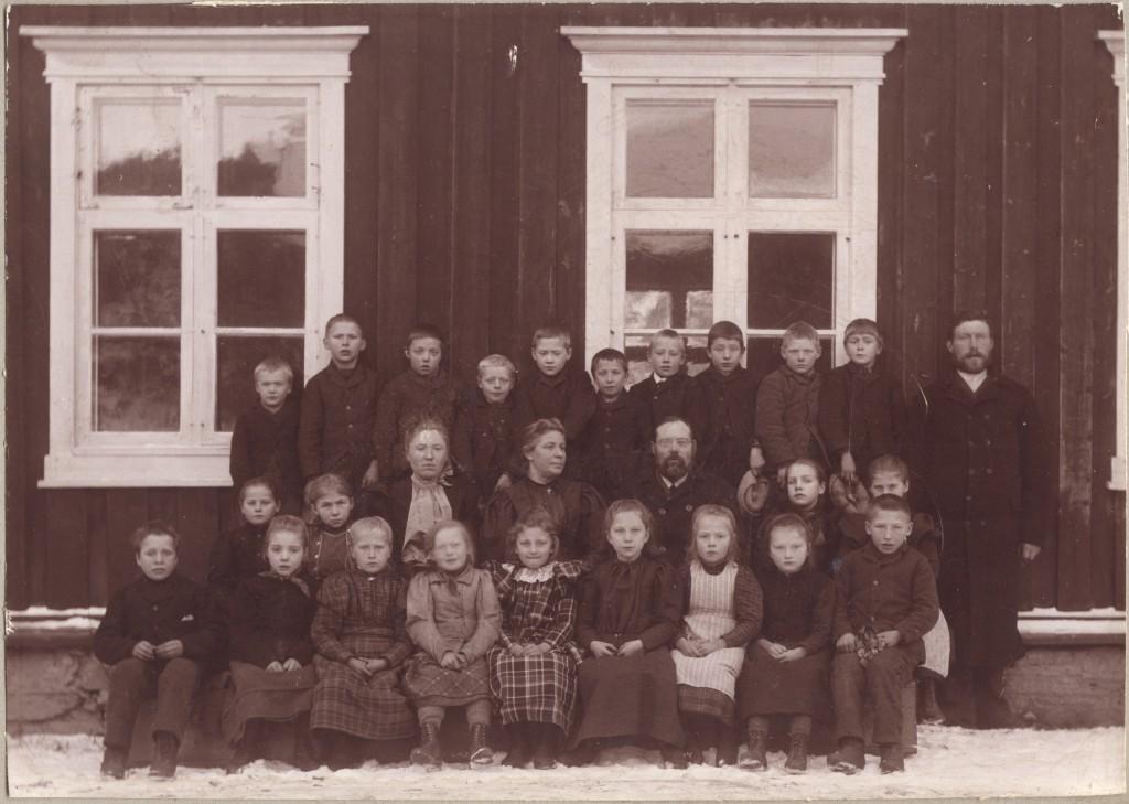 Skjesol skole 1898.